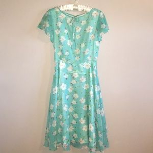 Unique Vintage Floral Midi Dress EUC